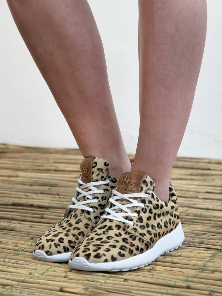 sneakers-met-luipaardprint
