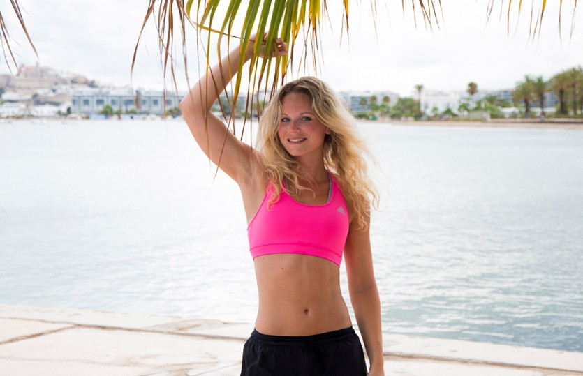Video: 9 minutes beach body workout