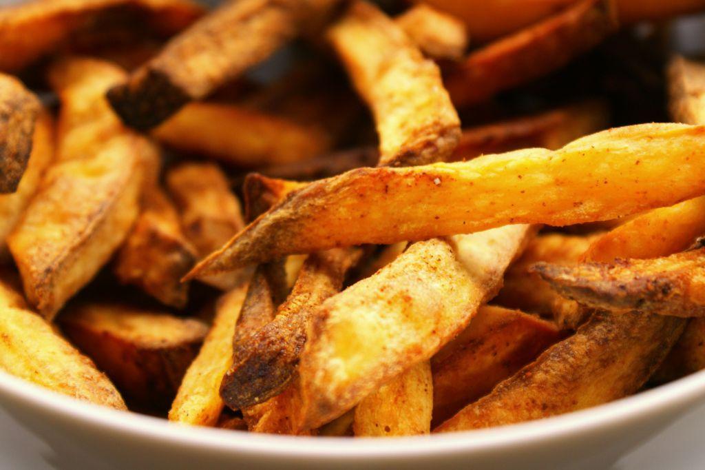 zoete aardappel friet