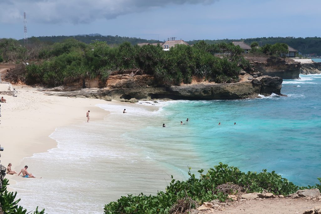 dream beach nusa