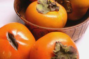 Seizoensfruit: Kaki vrucht