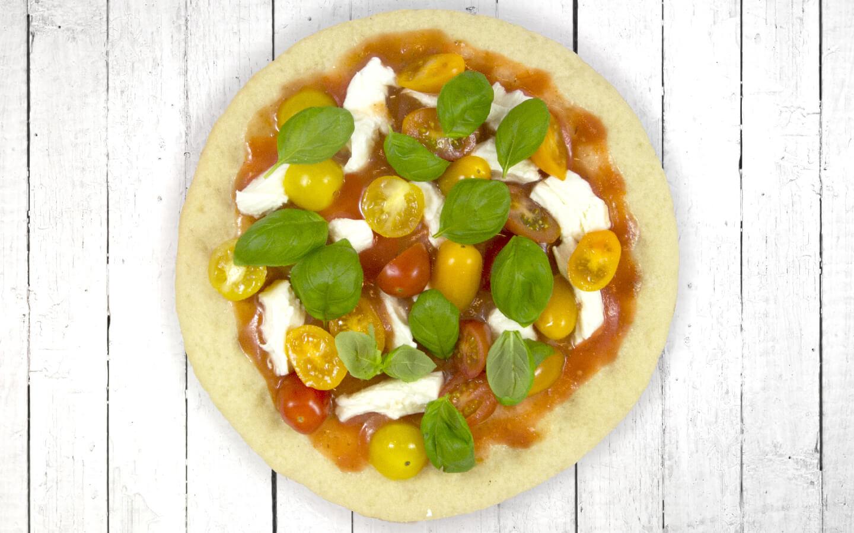 bloemkoolpizza met tomaten