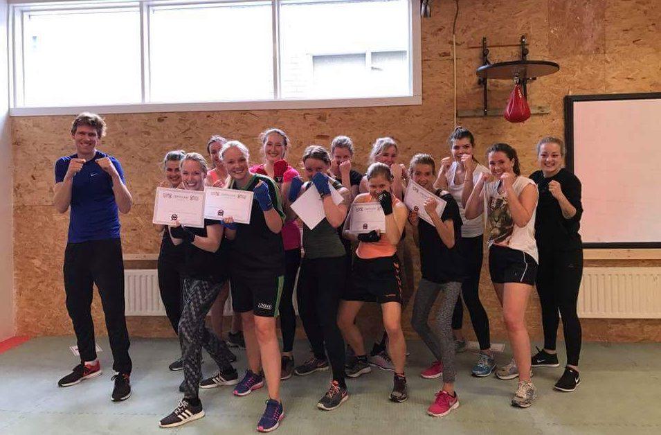 boksen zelfvertrouwen girl power boxing