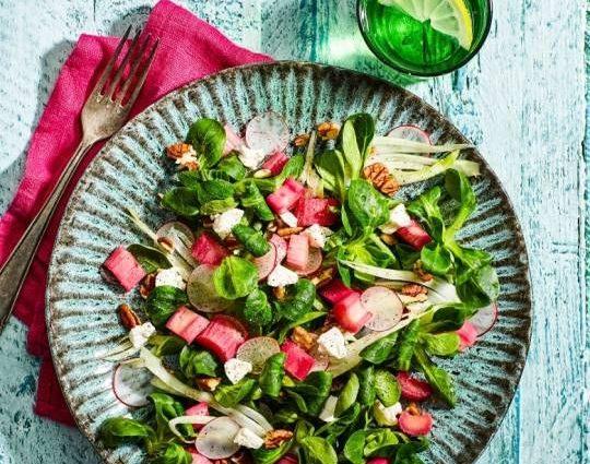 Rabarber recepten salade