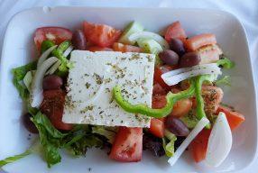 3 x healthy Griekse recepten: Griekse salade, Dakos & Tzatziki