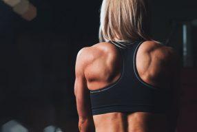 Armen en schouders trainen: Trainingsschema voor een strak bovenlichaam