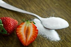7 Signalen van je lichaam dat je teveel suiker eet