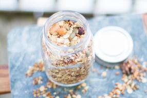 Op zoek naar gezonde granola? Zelfgemaakte granola in een handomdraai