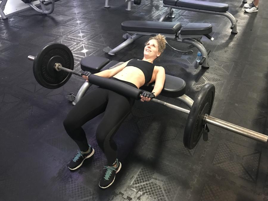 3x-oefening-om-billen-en-benen-te-trainen-3